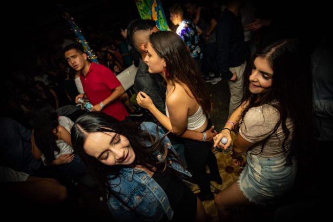 bares discotecas conocer chicas Manizales tener sexo