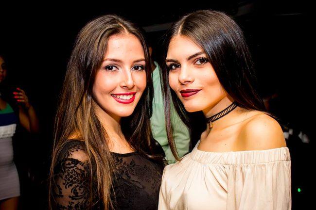 bares discotecas conocer chicas Caracas tener sexo