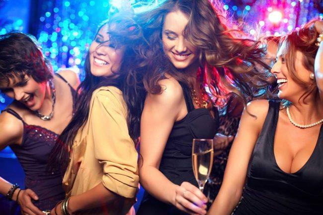 bares discotecas conocer chicas Santiago Caballeros tener sexo